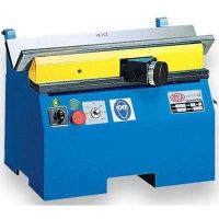 Entgrat- und Kantenfräsmaschine mit V-Prisma ASO 850