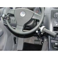 Handbediengerät zum Bremsen und Gasgeben