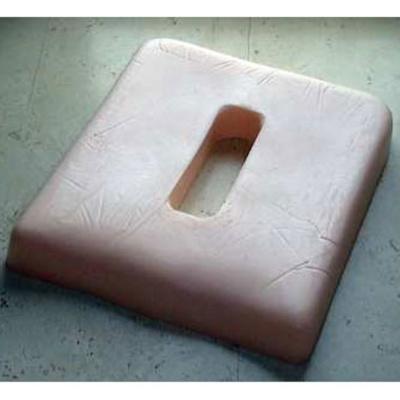 Sitzkissen mit ovalem Ausschnitt