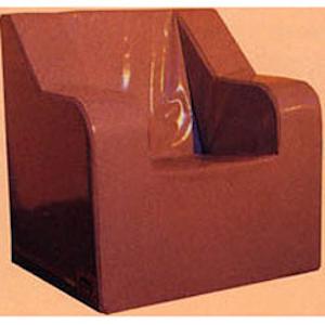 Sessel mit runden Armlehnen