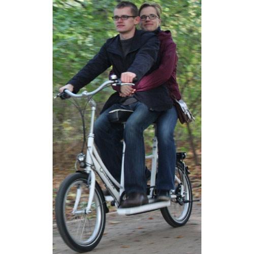 Cuddlebike mit zwei Personen