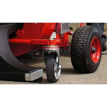 Detail: Kantenschutz und Räder