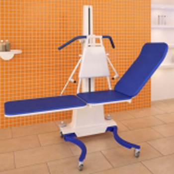 Patientenlifter Elli 800 mit Liege