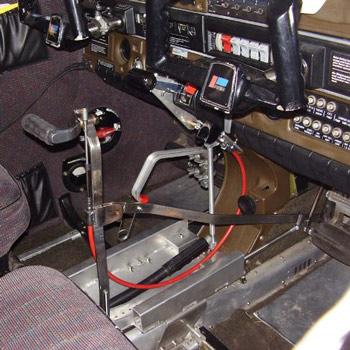 Flugzeugsteuerung bei Beinbehinderung