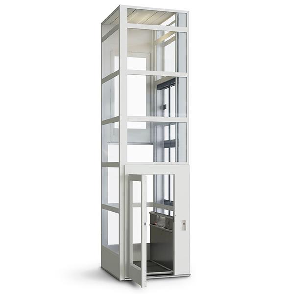 Aufzug mit Schacht
