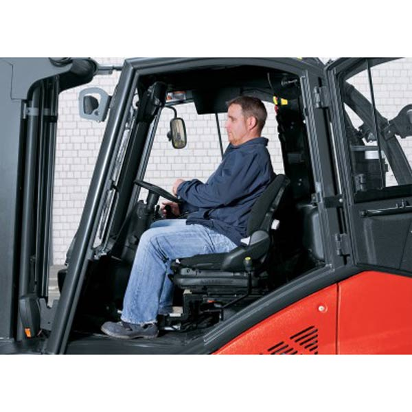 Drehbarer Fahrersitz - Normalposition