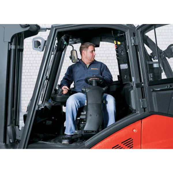 Drehbarer Fahrersitz - Rückfahrposition