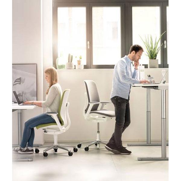 AT Bürostuhl mit ESP - free-2-move