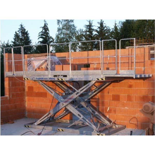 Mauerbühne 2000 / 3000 im Einsatz