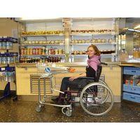 Tablettwagen für Rollstuhlfahrer/innen