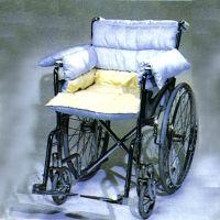 Rollstuhlauspolsterung mit integriertem Sitzkissen