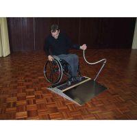 Reinigungsgerät für Rollstühle